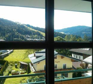 Blick aus dem Fenster z. Strasse Funsport-, Bike- & Skihotelanlage Tauernhof