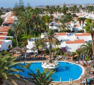 Vistas piscinas y jardines Apartments and Bungalows Sol Barbacan