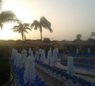Pool am Abend Dunas Maspalomas Resort