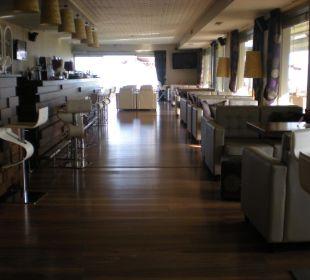 Bar innen Hotel Royal Heights Resort