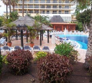 Blick zum Pool Hotel Concorde De Luxe Resort