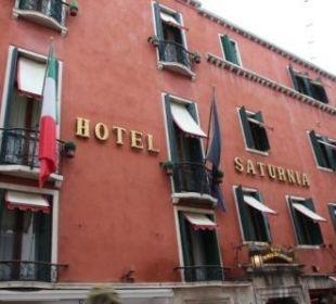 Außenansicht Hotel Saturnia