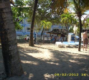 Blick vom Strand zum Hotel Hotel Tropical Clubs Cabarete