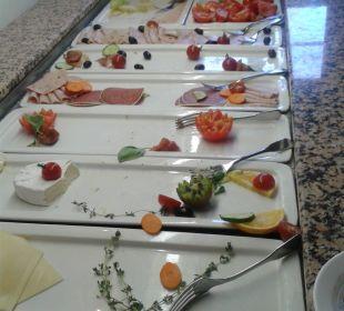Frühstücksbüffet um 9:20 Uhr Hotel Wyndham Garden Quedlinburg Stadtschloss