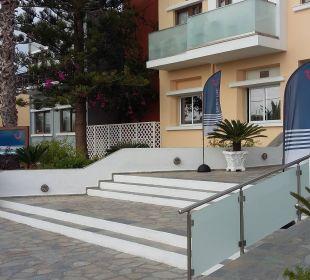 Hoteleingang FAMILY LIFE Marmari Beach by Atlantica