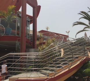 Treppe vom Innenhof rauf zur Rezeption Dunas Suites&Villas Resort