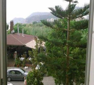 Vom Seiten Fenster Kleopatra Melissa Hotel
