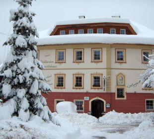 Wirtshaus im Winter Hotelchen Döllacher Dorfwirtshaus