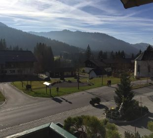 Richtung Ortsmitte Hubertus Alpin Lodge & Spa