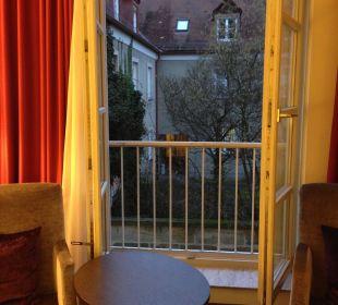 Aussicht in den Hof Welcome Hotel Residenzschloss