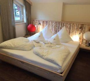 Kristall Suite Schlafzimmer Leading Family Hotel & Resort Alpenrose