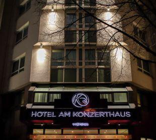 Außenansicht bei Nacht Hotel Am Konzerthaus - MGallery collection