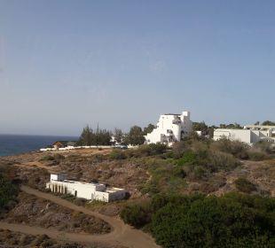 Blick auf das Hotel von der Landstraße Suitehotel Monte Marina Playa
