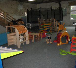 Ein Paradies für Kinder, die Spielscheune Ferienhof Meislahn