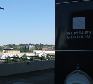 Ansicht Hotel vom Wembley Stadion aus Hotel Premier Inn London Wembley Stadium