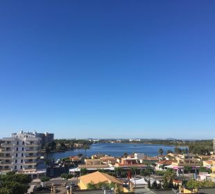 Blick aus Balkon auf nahegelegenen See JS Hotel Sol de Alcudia
