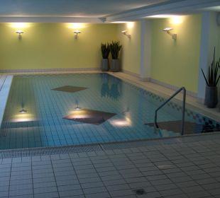 Pool (Ruheraum separat) Hotel Alpenkönig