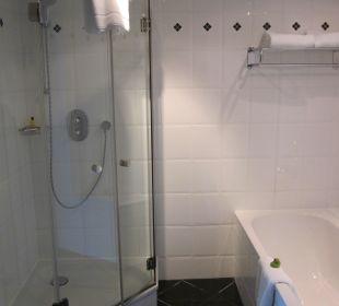 Badezimmer Corner Suite