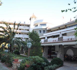 Richtung Haupteingang Martı Resort De Luxe