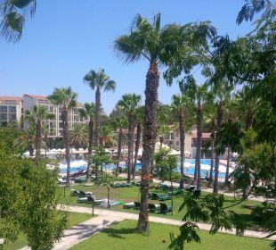 Pool- und Gartenanlage Barut Arum