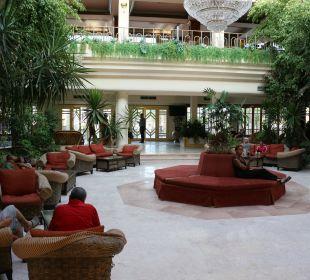 Lobby The Grand Hotel