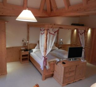Romantikzimmer Kronplatz-Resort Berghotel Zirm