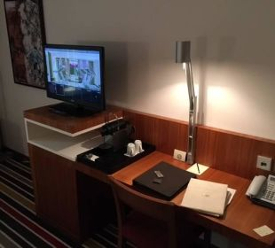 Desk Hotel Sofitel Berlin Kurfürstendamm