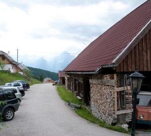 Stall & Parkplatz am Haus Almgasthof Baumschlagerberg