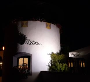 Abendansicht vom Hotel Family Hotel Schloss Rosenegg