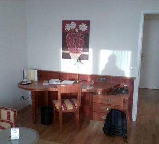 Arbeitsbereich des Einzelzimmers NewLivingHome Appartements Hamburg