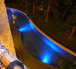 Blick vom Balkon auf Swim-Up Pool Secrets Maroma Beach Riviera Cancun