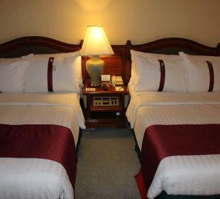 Bedienmodul zwischen den Betten Hotel Holiday Inn Chiangmai