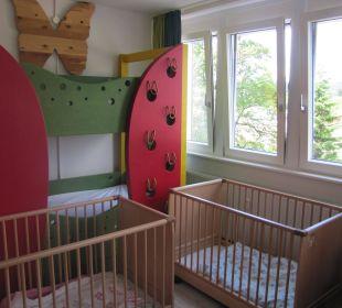 Zimmer für die Babys Familotel Hotel Feldberger Hof