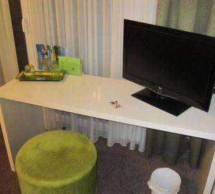 TV/Schreibtisch Landgasthof Apfelblüte