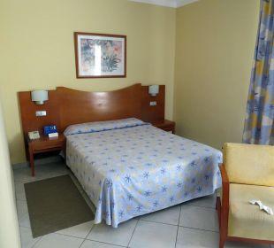 Ein ECHTES Doppelbett IFA Catarina Hotel
