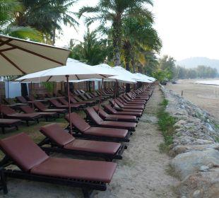Hotel-Strand zur linken Seite Hotel Mukdara Beach Villa & Spa Resort