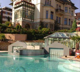 Relaxen an der Poolanlage Romantischer Winkel SPA & Wellness Resort