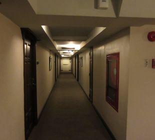 Dunkler Flur Hotel Siam Heritage