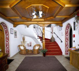 Eingangsbereich Hotel Garni Kardona