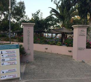 Eingang zum Corissia Park Hotel Corissia Beach