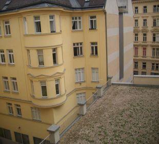 Von ZIMMER 412 Hotel City Central
