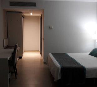 Erster Blick ins Zimmer Hotel Las Costas