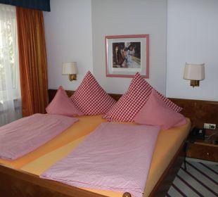 Schlafzimmer Appartement A2 Kneipp- und WellVitalhotel Edelweiss
