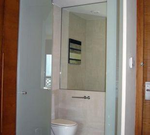 Separate Toilette Vida Hotel Downtown Dubai