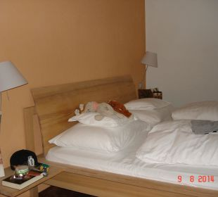 Eines der Schlafzimmer Familien-Landhotel Stern