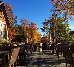 Terrasse im Herbst MIRAMONTI Boutique Hotel