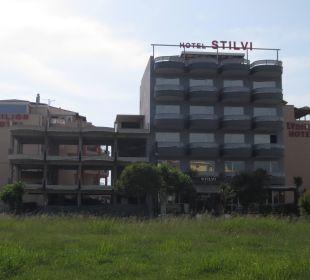 3 Hotels ineinander gebaut? Seltsame Bauweise! Evdion Hotel