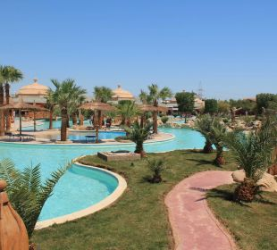 Ein Pool von vielen Jungle Aqua Park