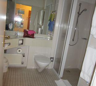 Bad mit Toilette, Dusche Hotel Ambiente (Hotelbetrieb eingestellt)