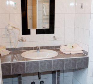 Auch unser Bad neu renouviert Aktivhotel & Gasthof Schmelz